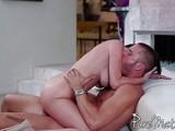 Заводная порнушка с сисястой...